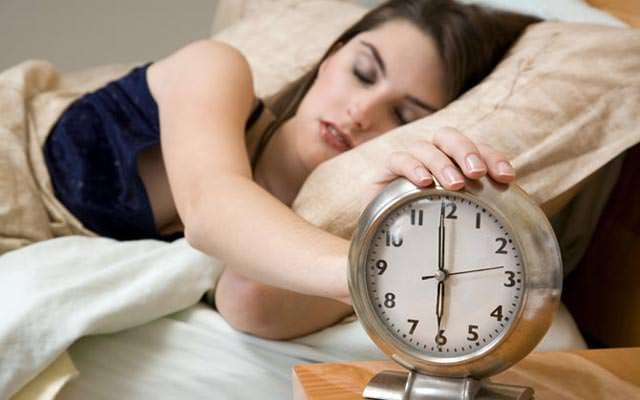 Режим дня для похудения - когда спать, есть и пить?